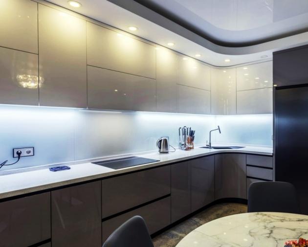 Кухонный гарнитур «Светло-серый»